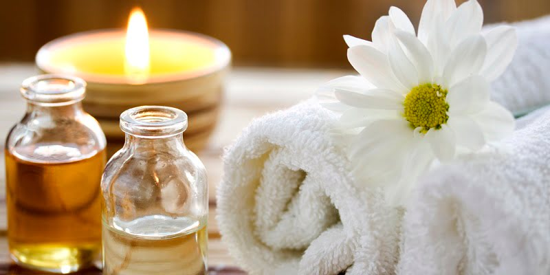 Mendocino bed and breakfast deals offer spa package when you stay at our Mendocino cottages